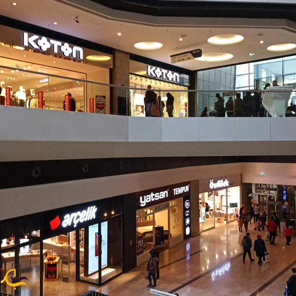 تصویری از مغازه های مرکز خرید فروم استانبول