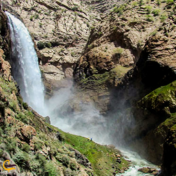 تصویری چشمه تنگه زندان دیباج
