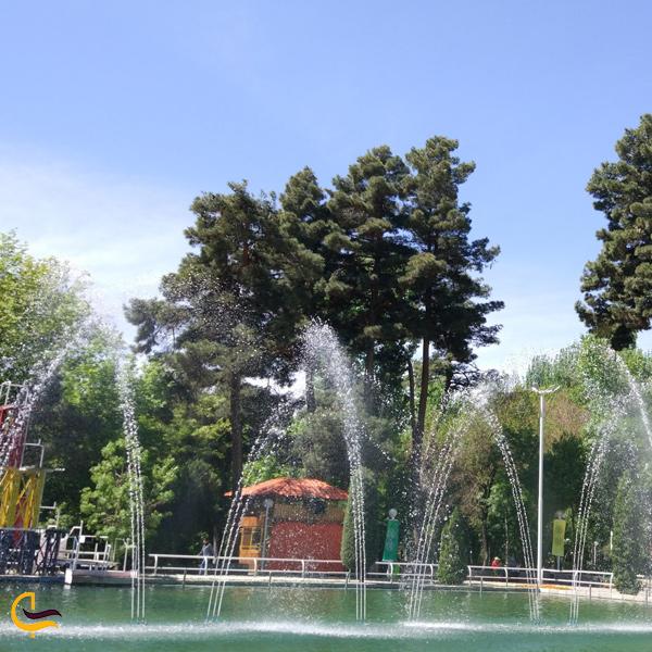 تصویری آبنما پارک وکیل آباد مشهد