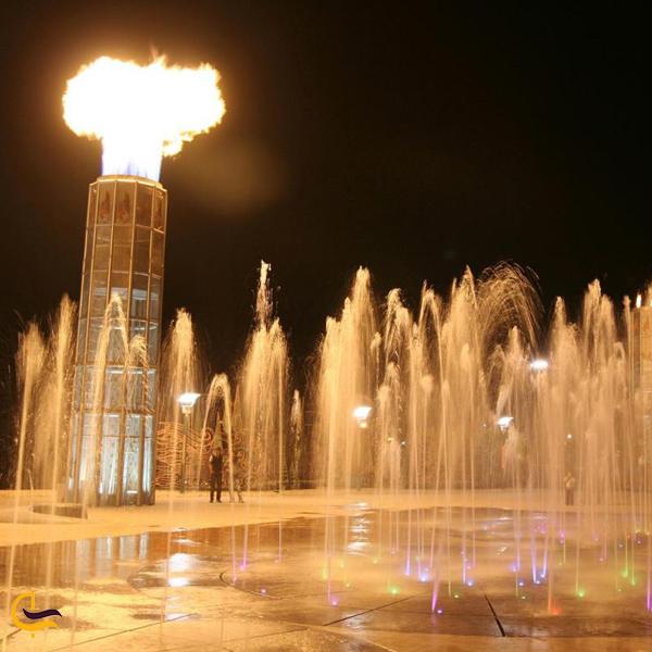 تصویری از آب و آتش تهران