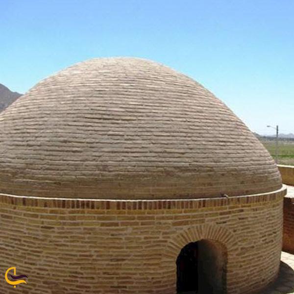 تصویری از گنبد آرامگاه ابوالمفاخر