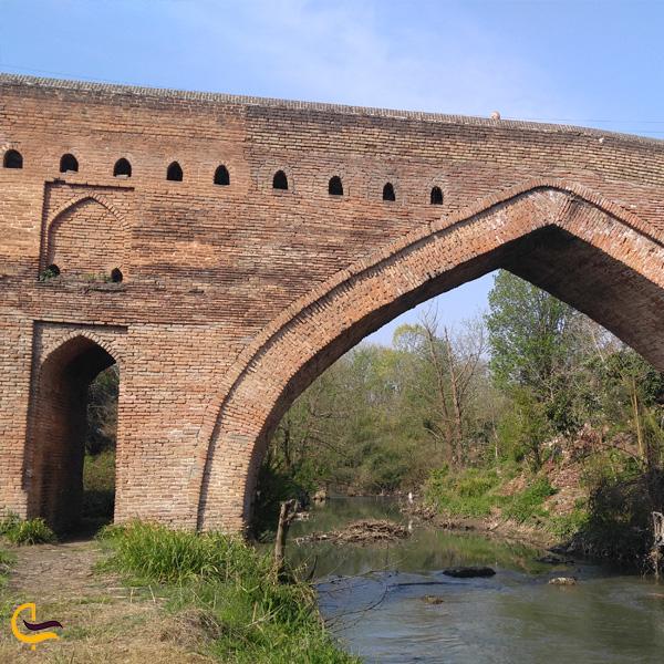 تصویری از پل خشتی در لاهیجان