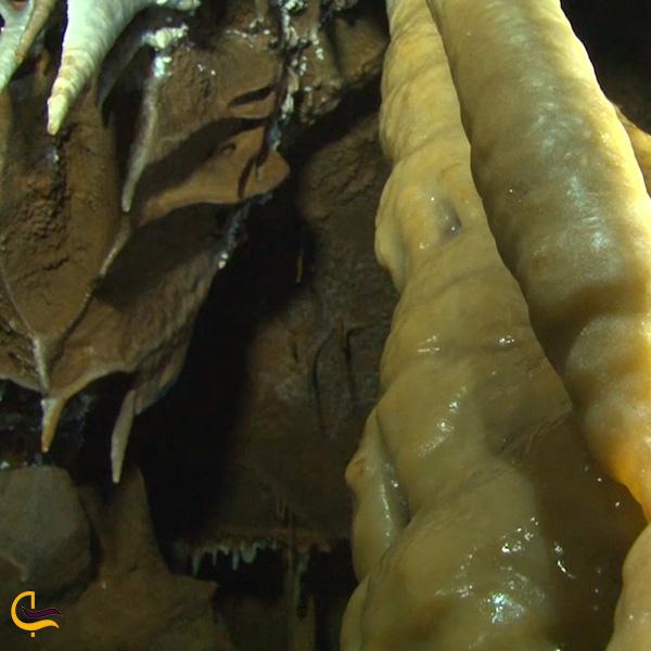 تصویری از غار آهکی نول سی سخت