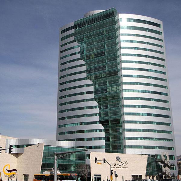 نمایی از مرکز خرید برج بلور
