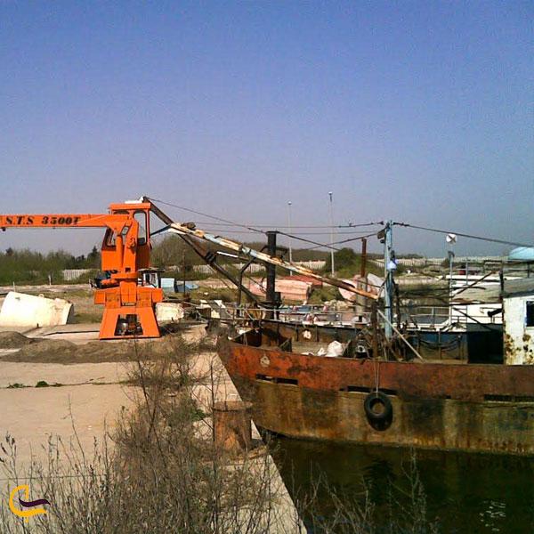 تصویری از اسکله ماهیگیری کیاشهر