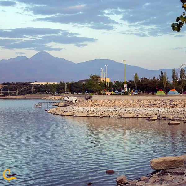 تفریح در دریاچه شورابیل اردبیل