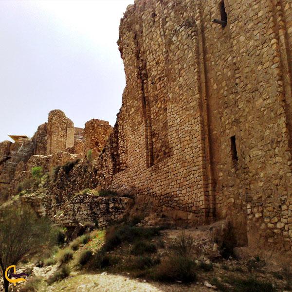 تصویری از قلعه آیینه داراب