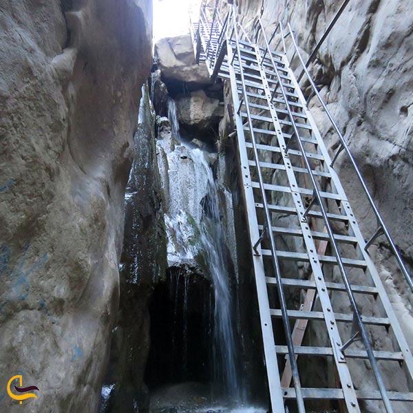 تصویری از آبشار قره سو