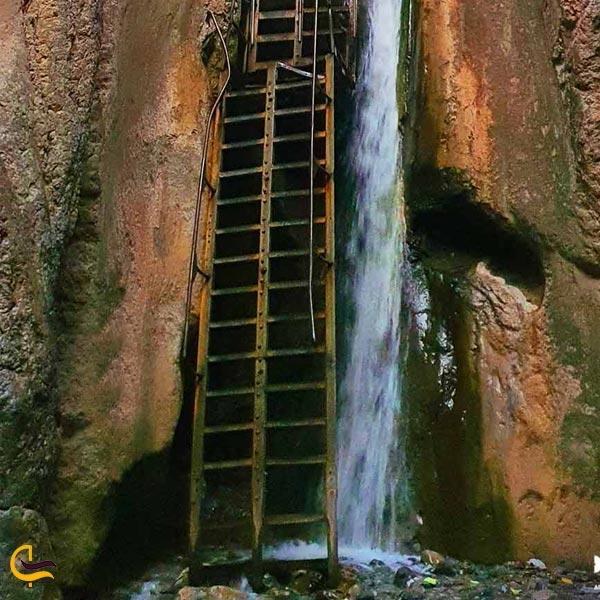 تصویری از آبشار قره سو درگز