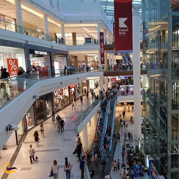 نمایی از فضای داخلی مرکز خرید پورت باکو