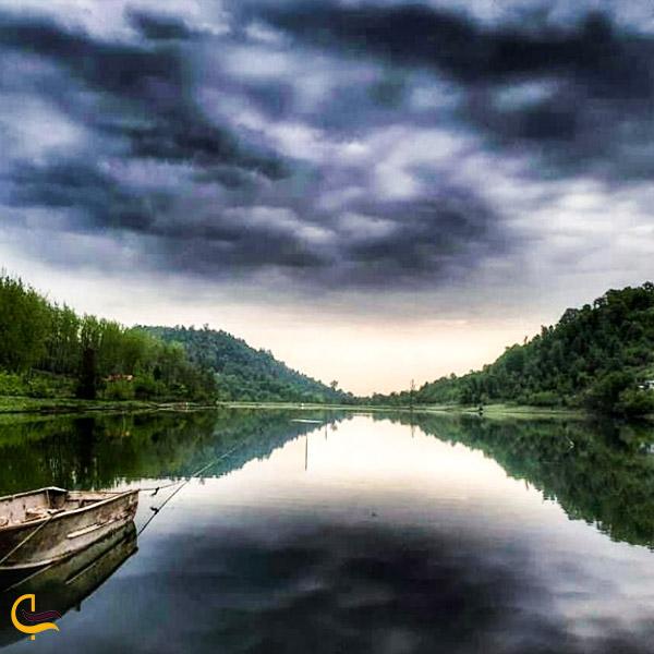 تصویری از دریاچه سراگاه تالش