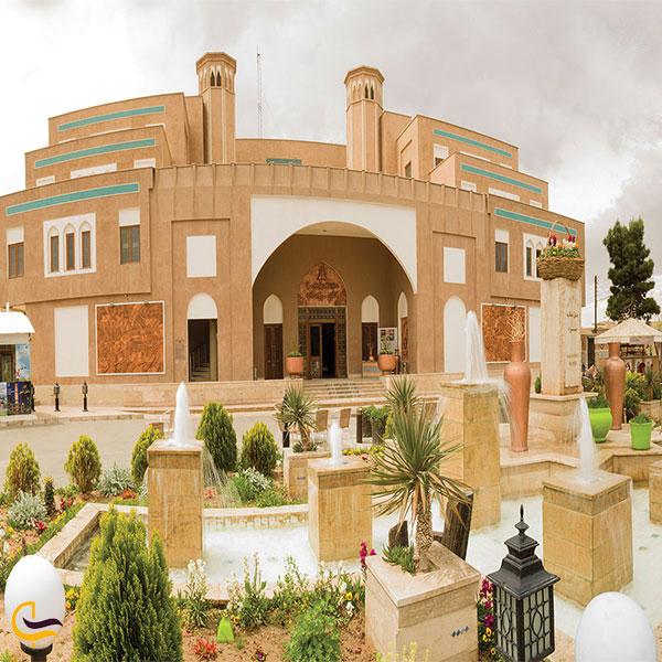 نمایی از هتل پارسیان صفایه