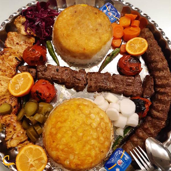 نمایی از کباب رستوران زعفران