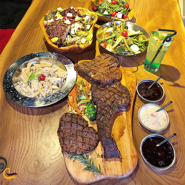 نمایی از غذای رستوران سولیس