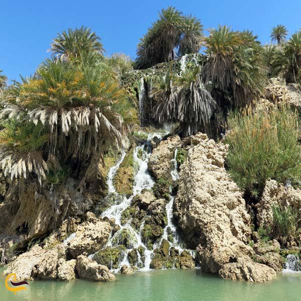 نمایی از آبشار فدامی داراب