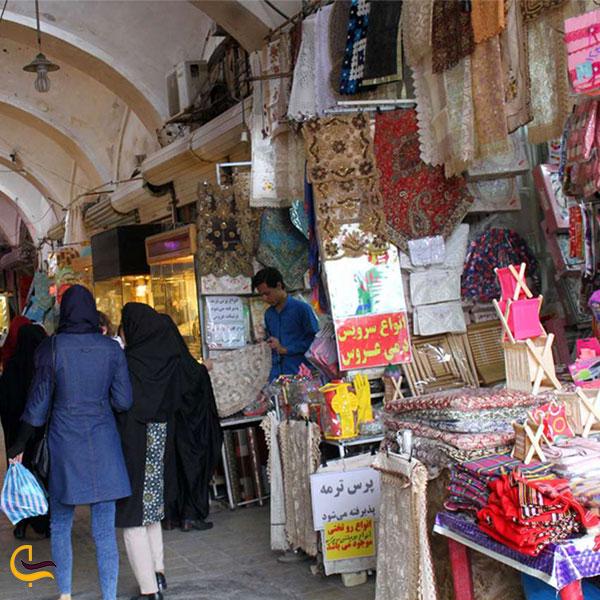 نمایی از مغازه های بازار یزد