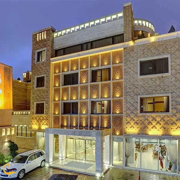 نمایی از هتل زندیه شیراز