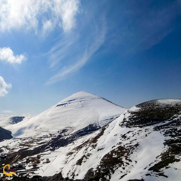 تصویری از کوه برفی چرکین ماکو