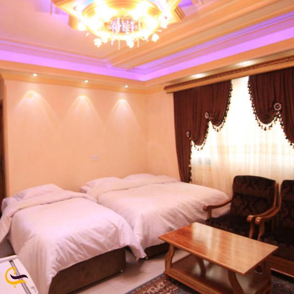 تصویری از اتاق های هتل دهدار