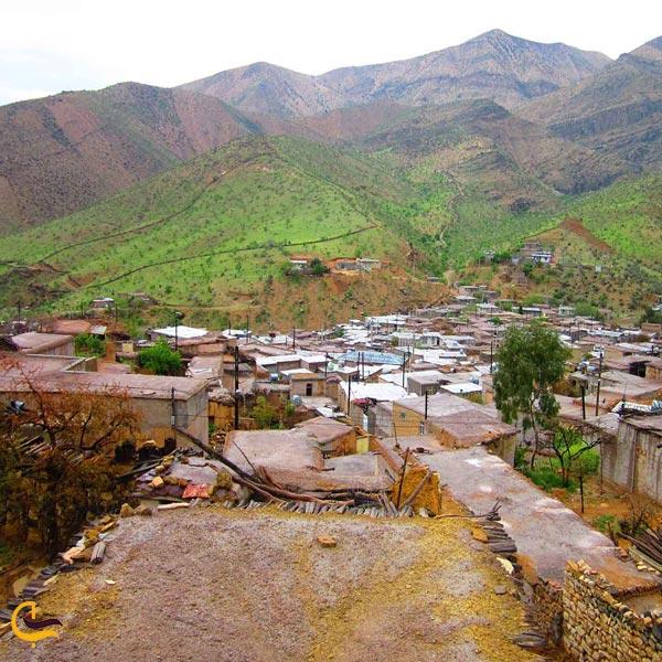تصویری از روستای گردشگری لایزنگان