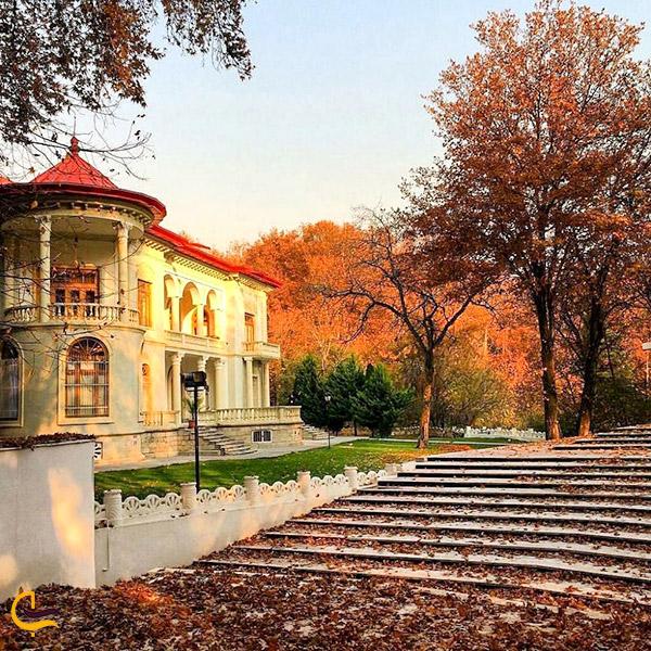 تصویری پاییزی از کاخ سعد آباد تهران