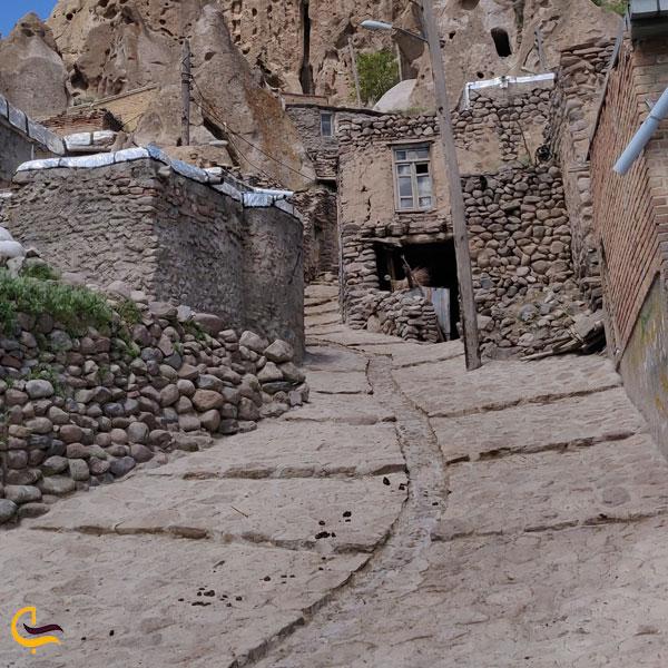 تصویری از کوچه های روستای کندوان