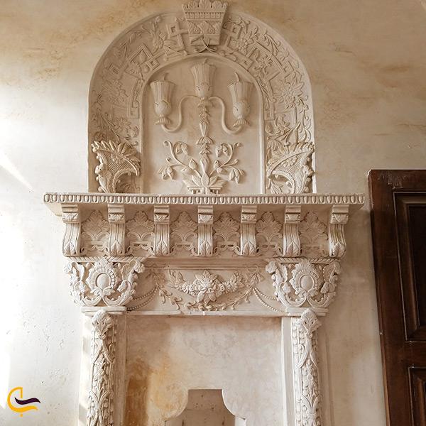 تزئینات حمام عمارت خسروآباد