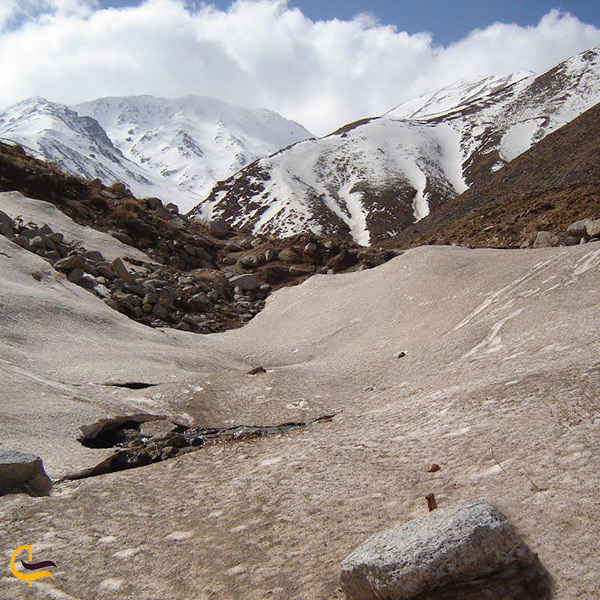تصویر زیبا از کوه بزقوش بستان آباد