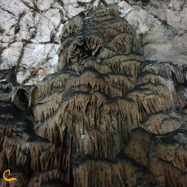 تصویری از غار دربند شهمیرزاد