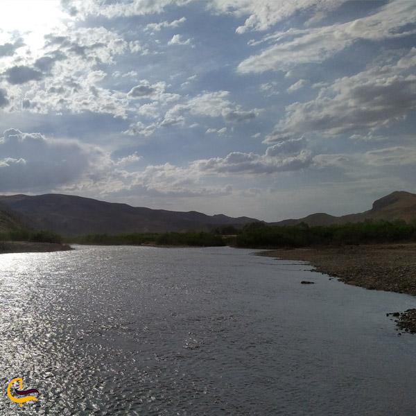 نمایی از رودخانه قزل اوزن