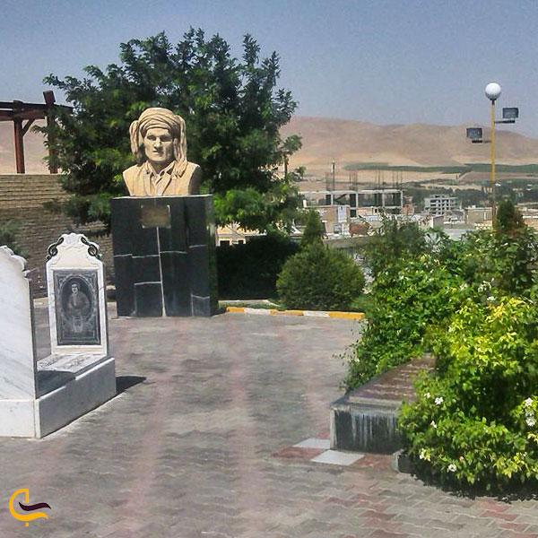 تصویری از قبر حسن زیرک