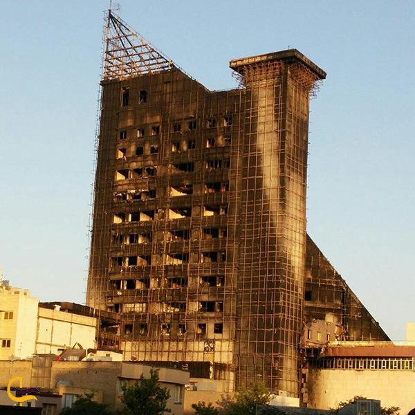 تصویر از بعد آتش سوزی برج سلمان مشهد