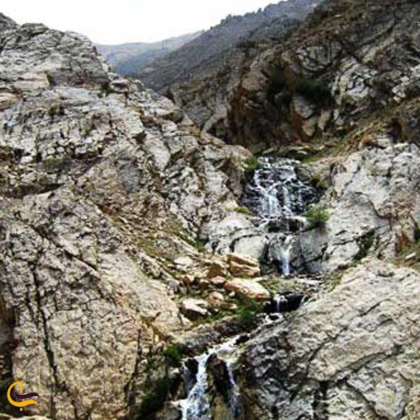 تصویری از طبیعت چشمه آبگرم خچیره
