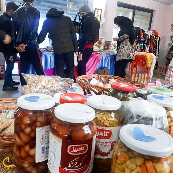 محصولات محلی در بازارچه صنایع دستی در بندر کیاشهر