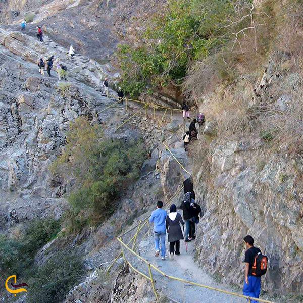 مسیر کوهنوردی در درکه
