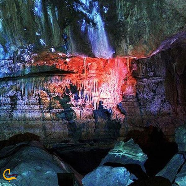 تصویری از غار علی صدر