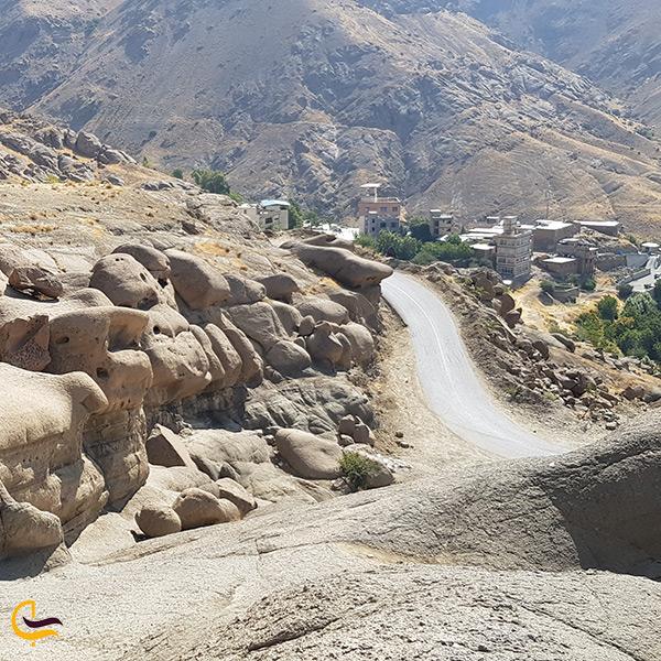 نمای کلی جاده مسیح الله دین محمد روستای وردیج