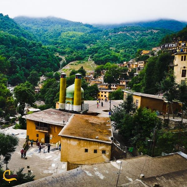 نمایی از سقف و خانه های روستایی ماسوله