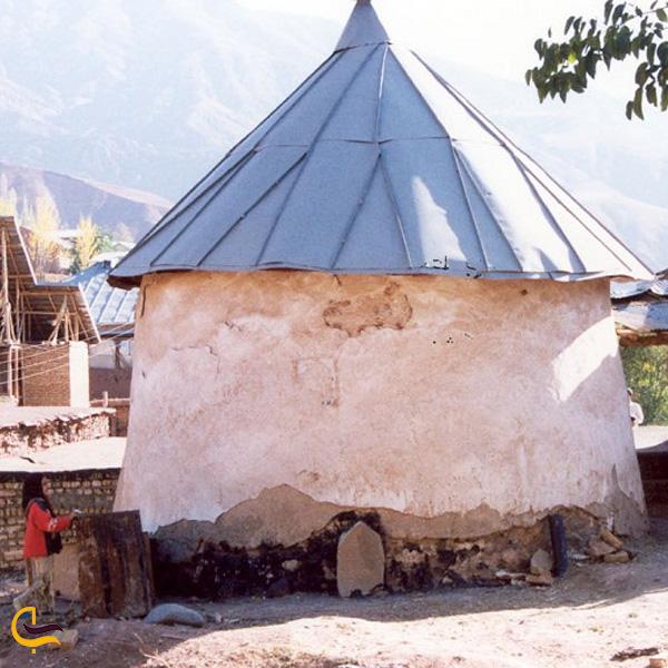 تصویری از مقبره شیخ پیر