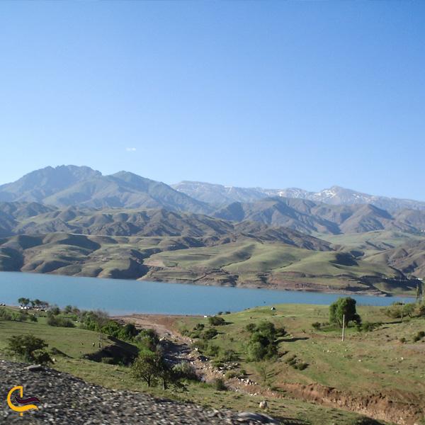 تصویری از طبیعت دریاچه طالقان