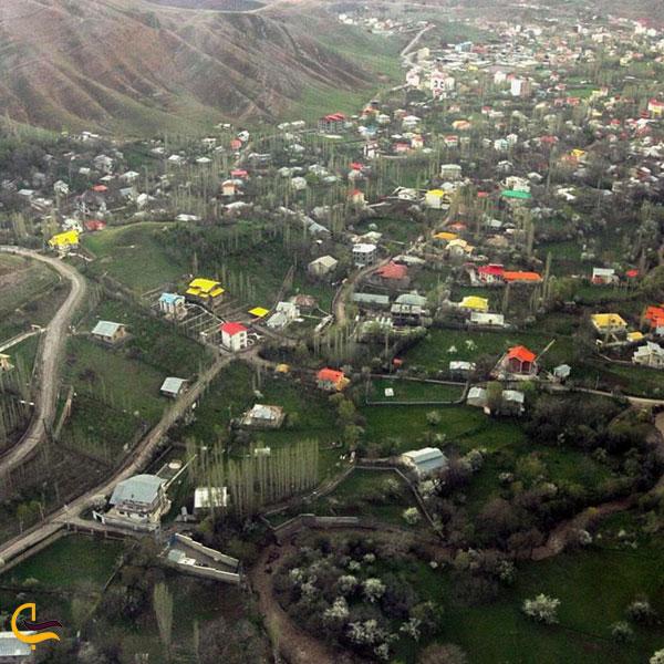 نمایی از بالای شهر طالقان