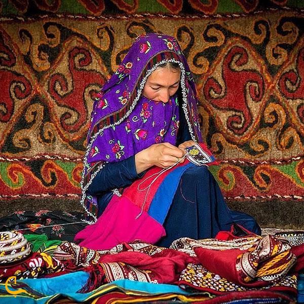 نمایی از صنایع دستی ترکمن صحرا
