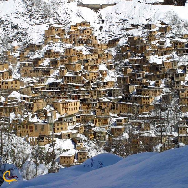 نمای زمستانی از روستای ماسوله