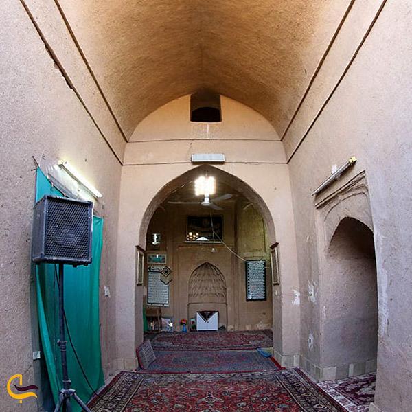 نمایی از مسجد زردک اردکان