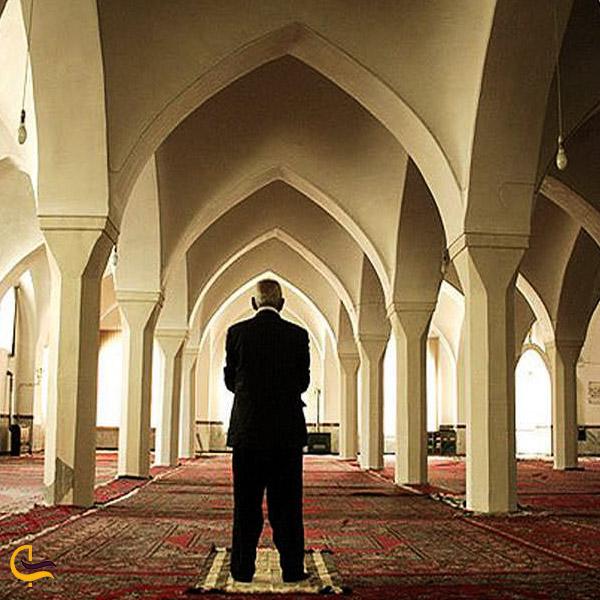 تصویری از داخل مسجد جامع بوکان