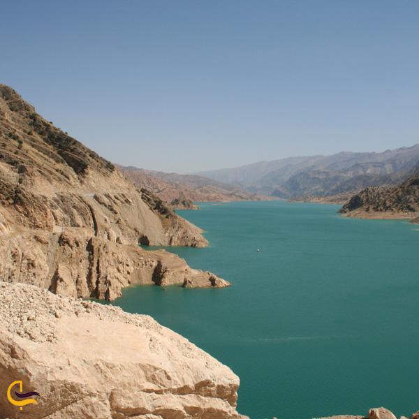 تصویری از دریاچه سد کارون 3