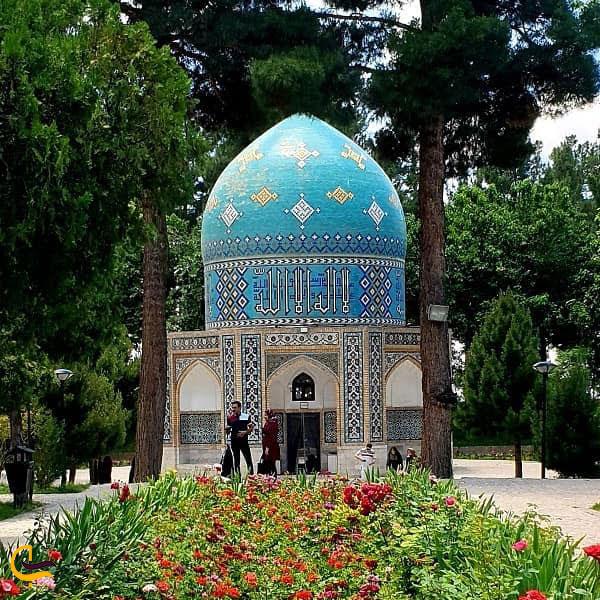 تصویری از مقبره عطار نیشابوری
