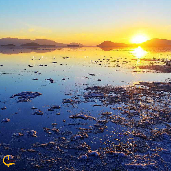 تصویری از دریاچه بختگان