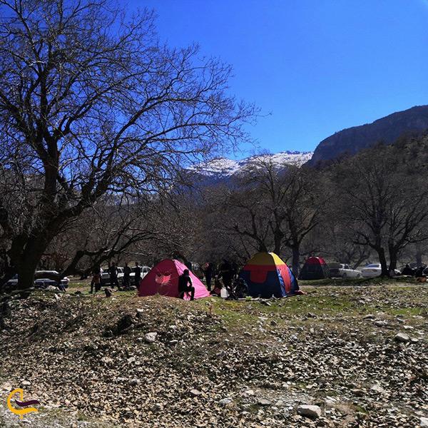 کمپ و چادر زدن برای اقامت در دریاچه کامی کلا