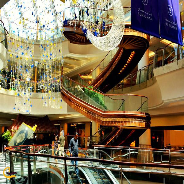 نمایی ازفضای داخلی مرکز خرید برجمان دبی